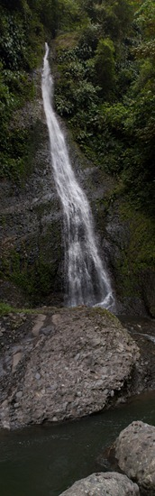 Hitoy Cerere Falls - 09.24.2010 - 13.30.15_stitch